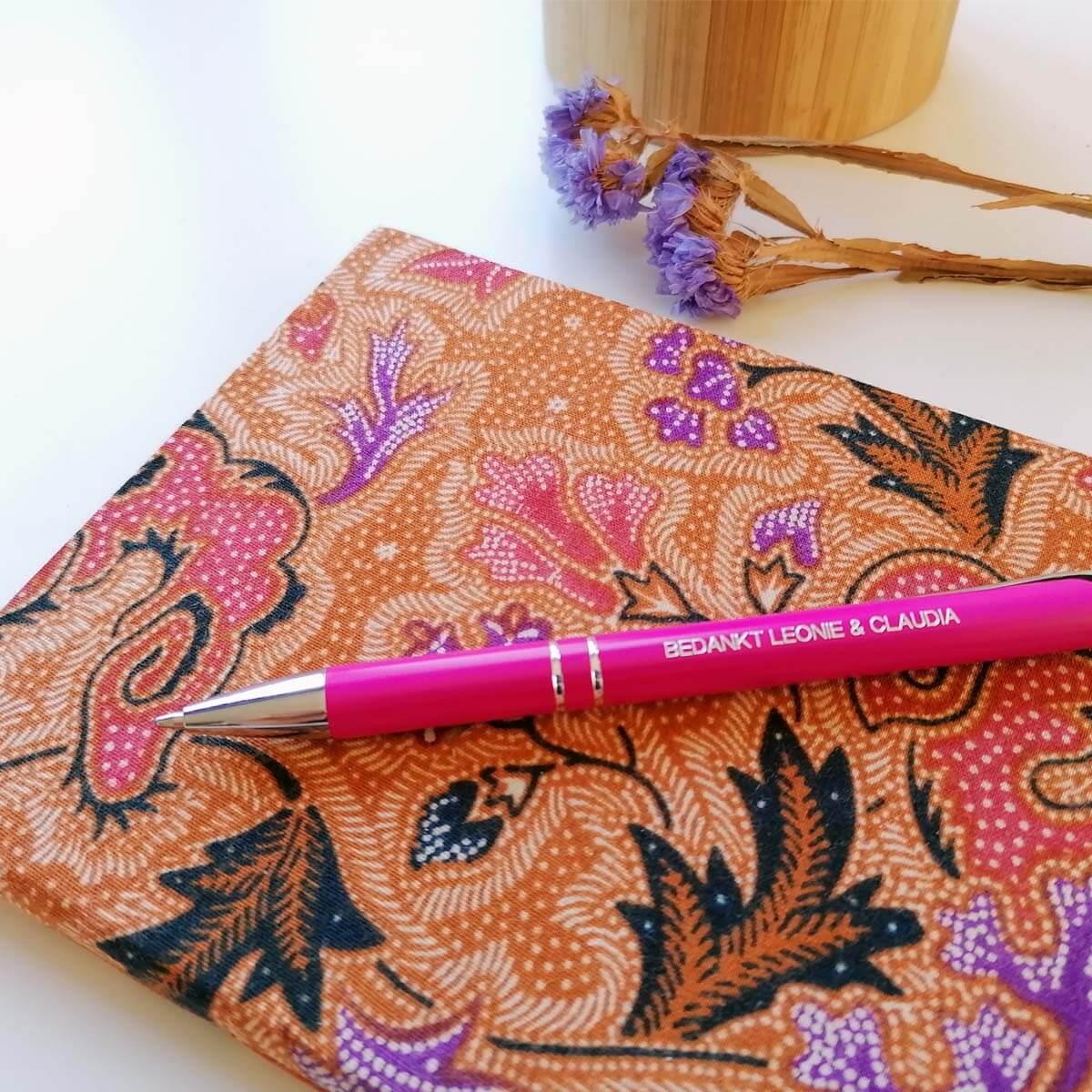 Vrouwen pennenset in leuke kleuren en met naam of tekst