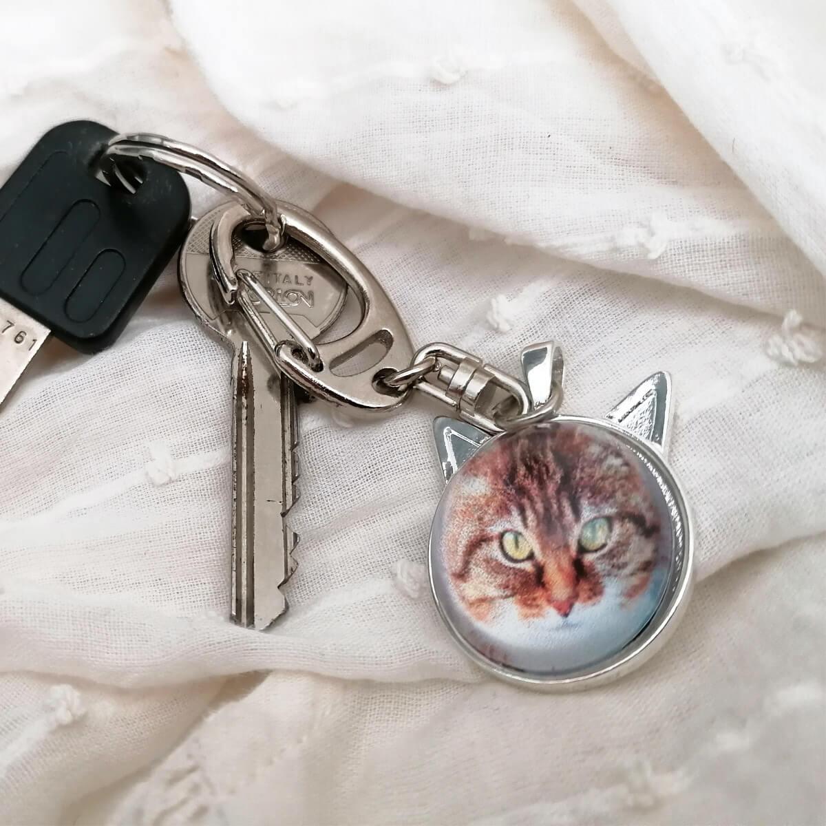 Sleutelhanger eventueel ook als ketting te gebruiken met jouw foto van je kat