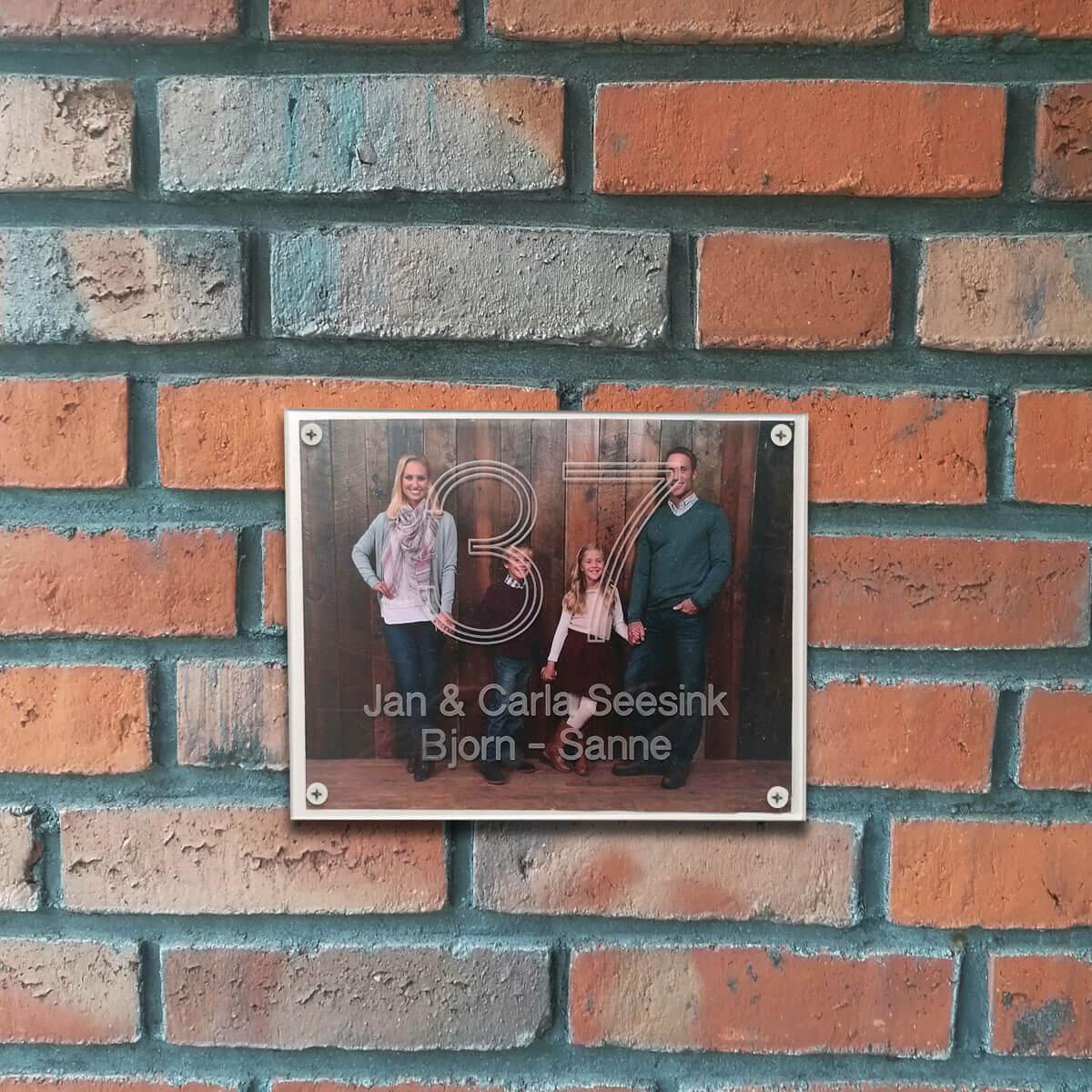 Foto van je hele gezin op de voordeur