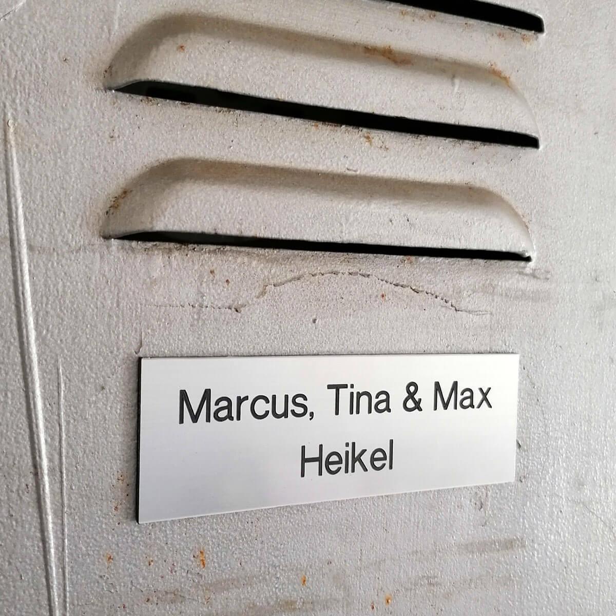 Woning bordje (deurnaamplaat)
