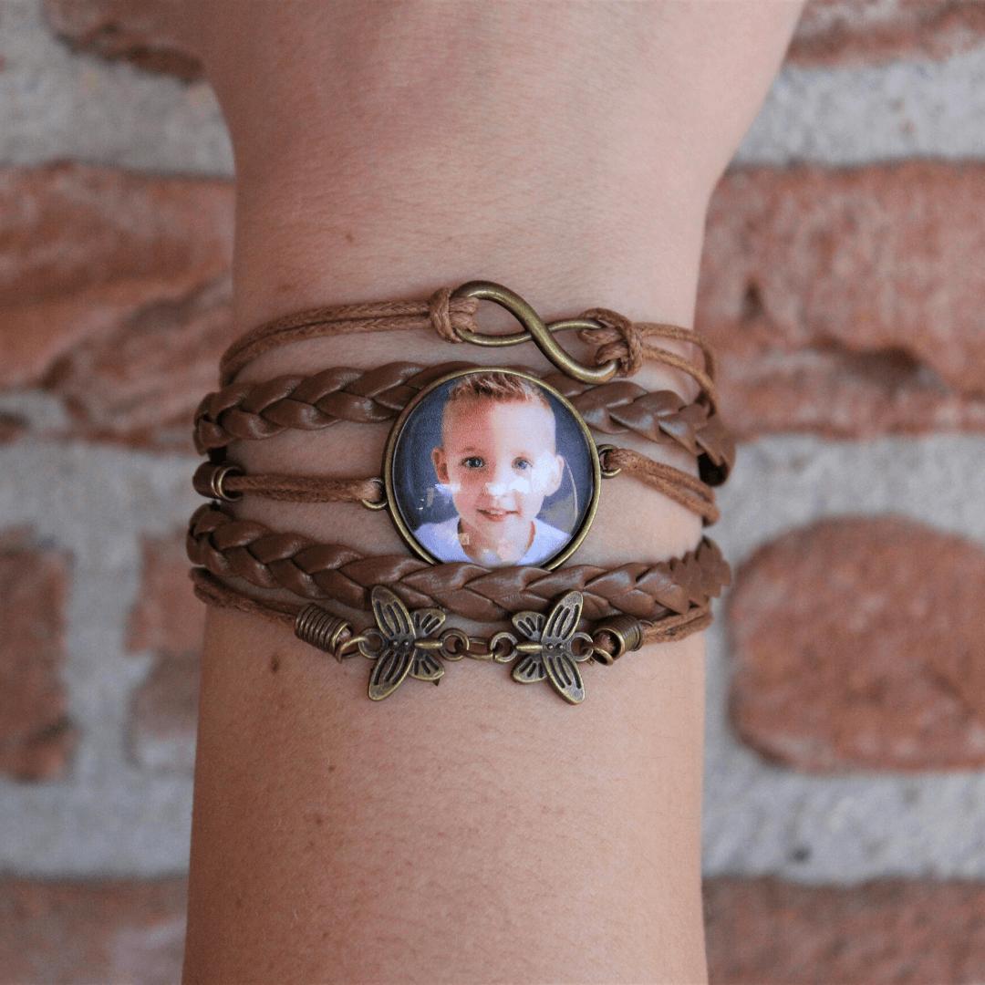 Armband met meerdere leren bandjes en foto of naam houder