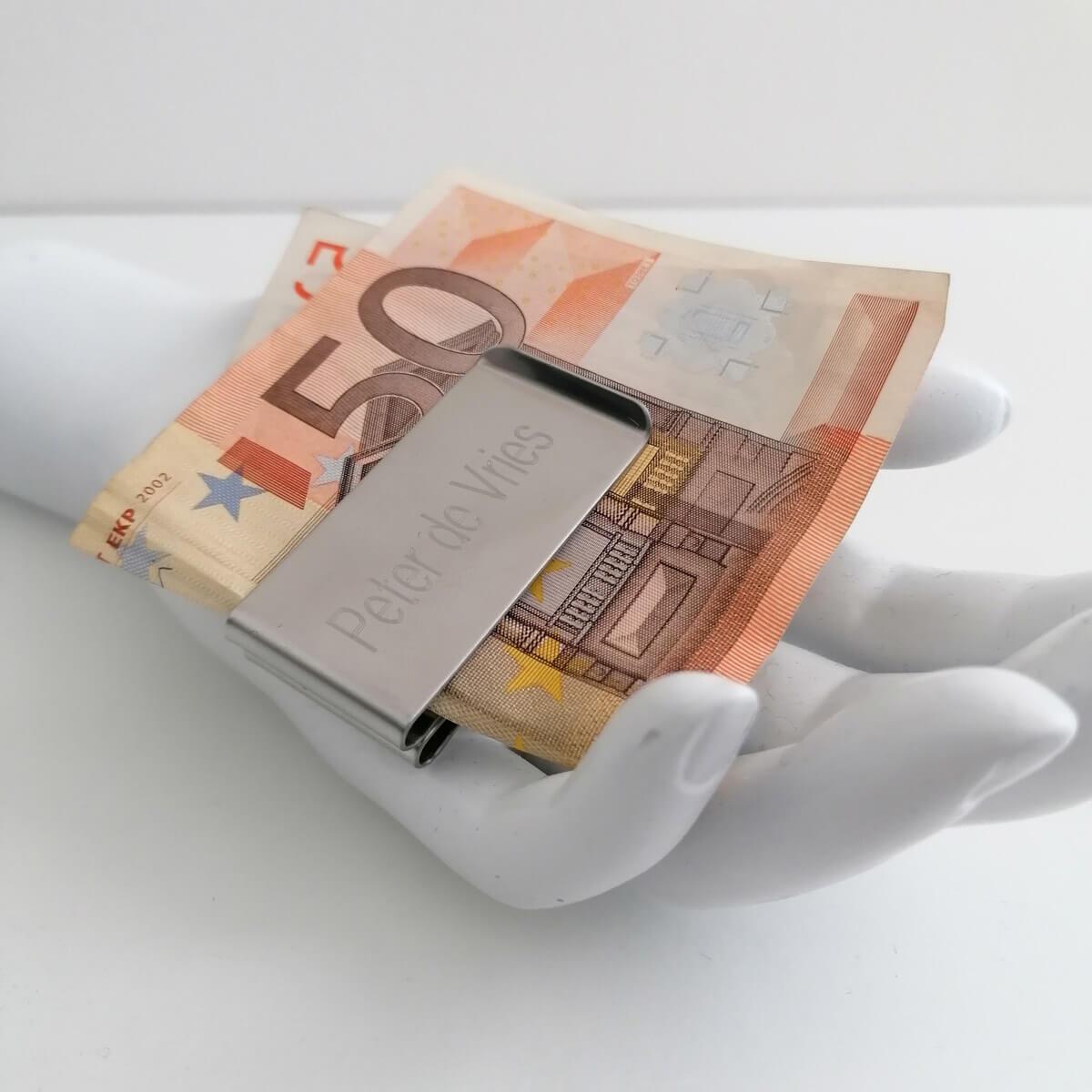 Moneyclip voor het veilig bewaren van papiergeld