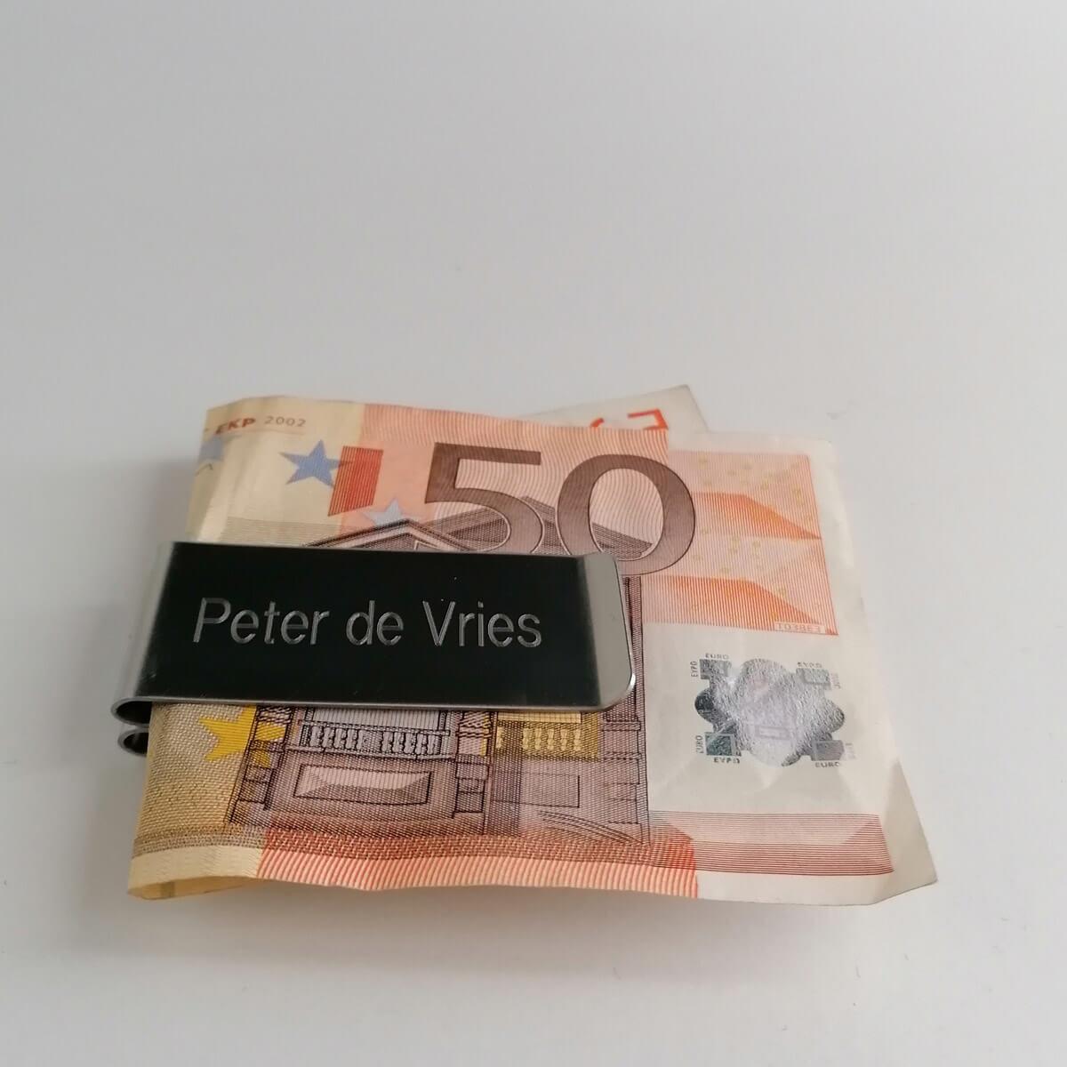 Geldkem voor papiergeld met gratis gravering