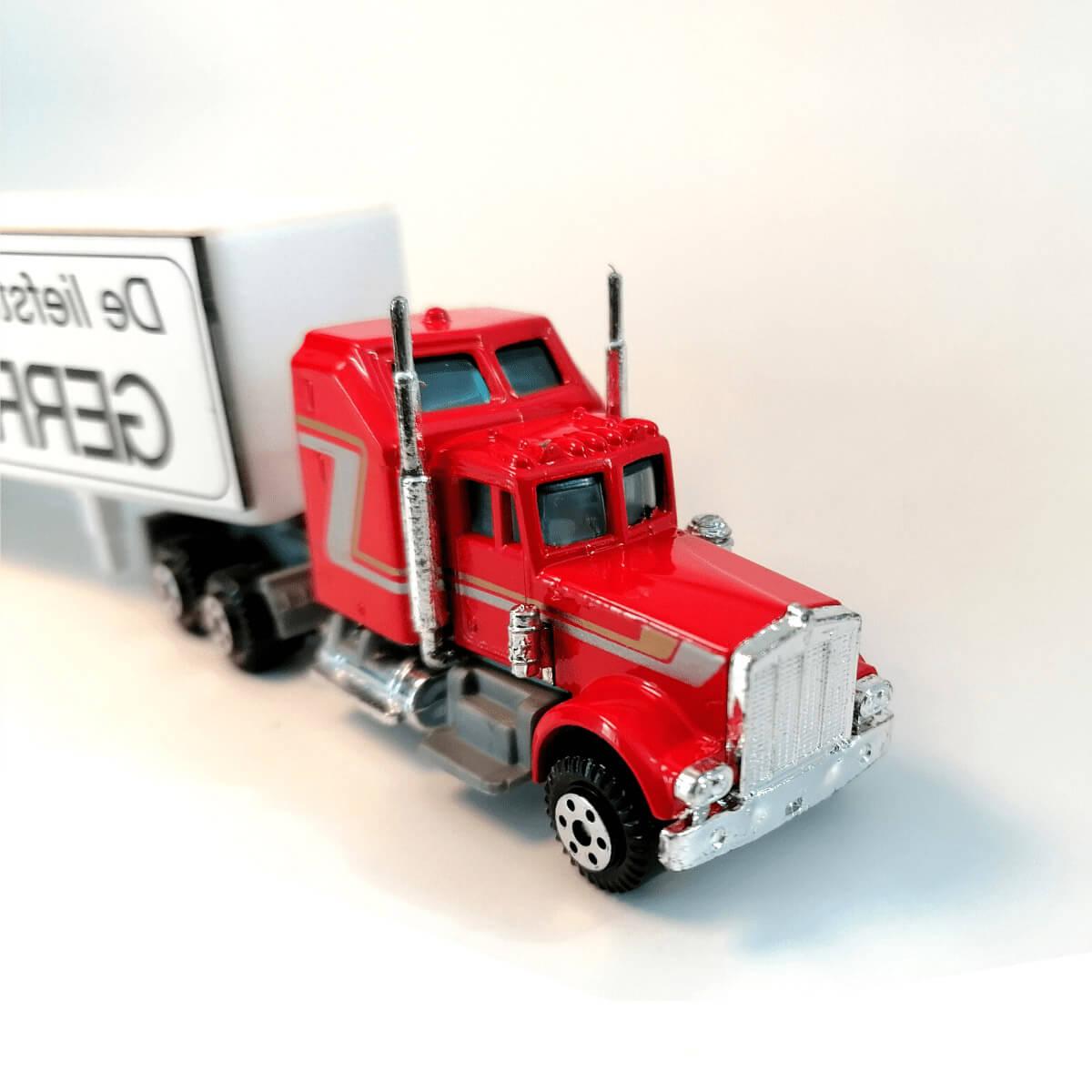 Personaliseer deze vrachtwagen met jouw tekst en naam
