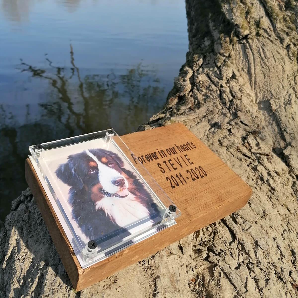 Gedenkbord ter nagedachtenis aan je lievelingsdier.